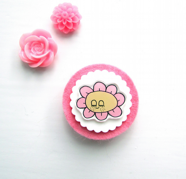 brooch - flower -  hand painted