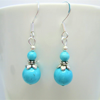 Turquoise small minimalist dangle earrings