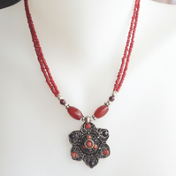 Flower pendant necklace, Pendant Necklace, Tibetan necklace, Ethnic necklace