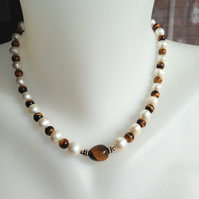 Tiger's eye pearl necklaceecklace