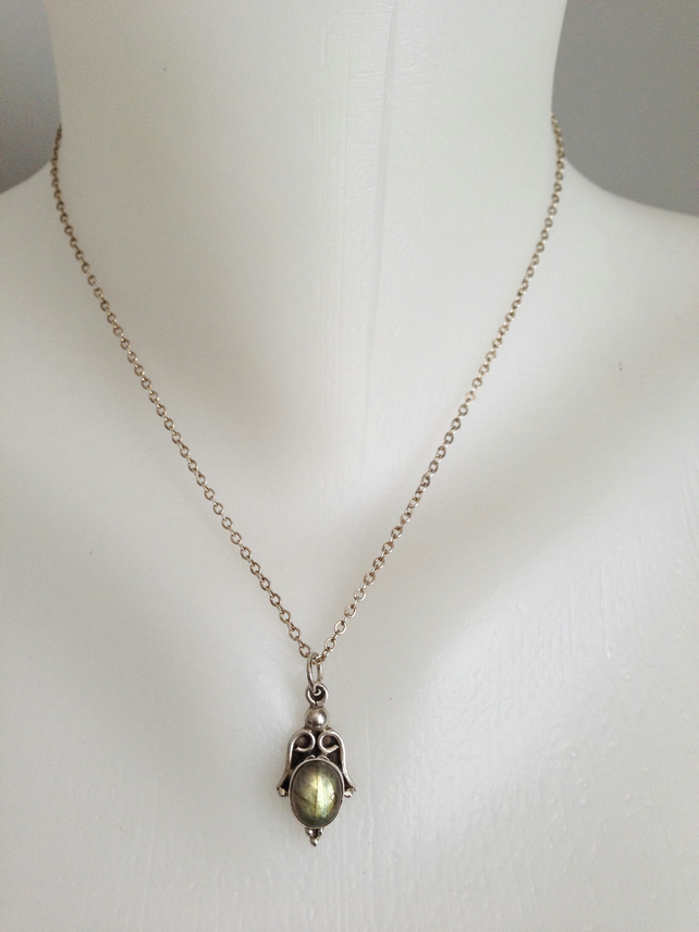 Sterling silver chain necklace  Labradorite pendant necklace