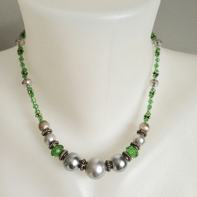 Green necklace   Grey shell pearl necklace