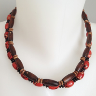 Stretch necklace  Wooden necklace  Beaded necklace