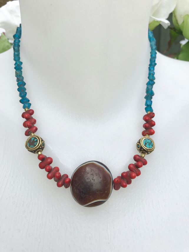 Dzi bead necklace, Tibetan necklace, Tibetan jewellery, Beaded necklace
