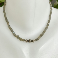 Labradorite necklace, Beaded necklace, Gift for her, Gift for mum