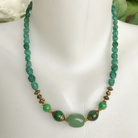 Aventurine necklace, Jade necklace, Green necklace, Vintage jade necklace