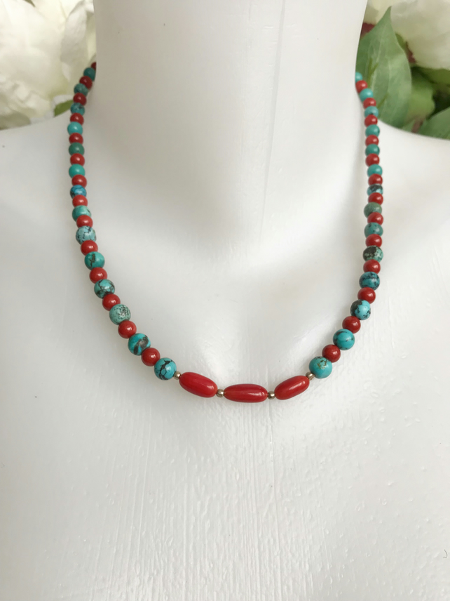 Turquoise necklace, Vintage Turquoise necklace, Beaded necklace, Coral necklace