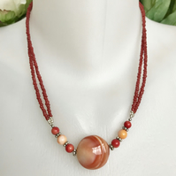 Agate necklace, Coin agate necklace, Autumn colour necklace, Coral necklace