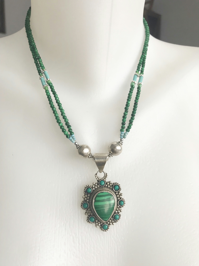 Pendant necklace,Malachite necklace, Green Necklace, Beaded necklace