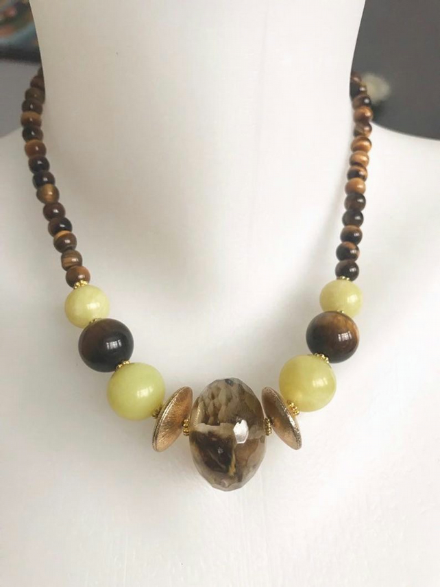 Gemstone necklace,Statement necklace,Tigers eye necklace, Beaded necklace