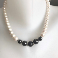 Hematite necklace,Pearl necklace,Mixed beads necklace,Gift for mum,Gift for her