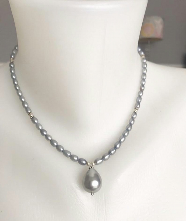 Pearl pendant necklace, Grey pearl necklace, Pearl necklace