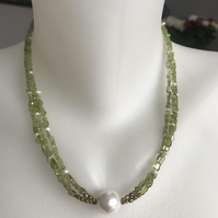 Peridot necklace, Gemstone necklace, Shell pearl necklace, Statement necklace