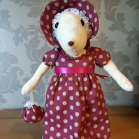 Elizabeth - Regency Mouse