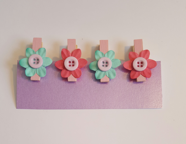 Decorative mini pegs