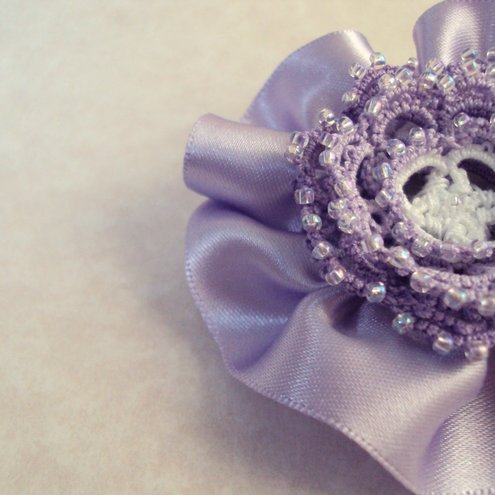 Tatted Flower Hair Clip - Rosetta in lilac and white