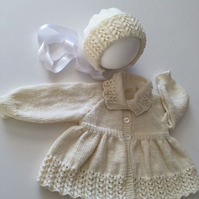Babies matinee coat and hat set hand knitted in merino wool,vintage pattern