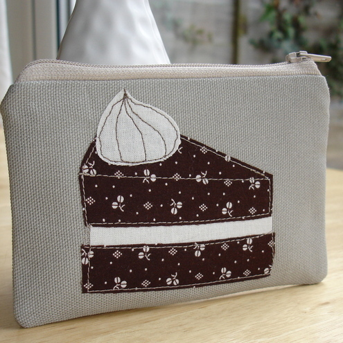 Chocolate cake - coin purse