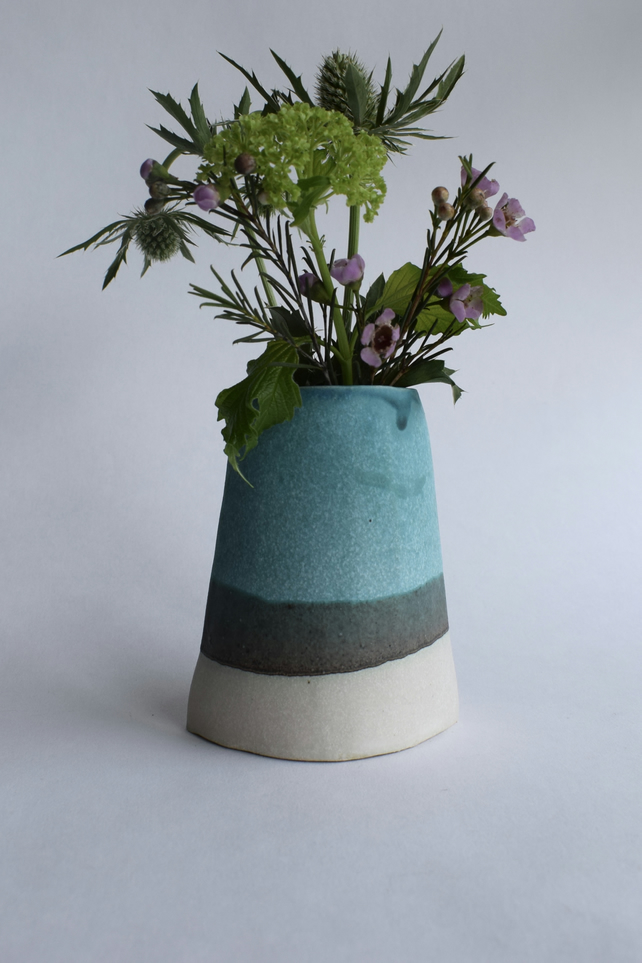 Ceramic Flower Vase in Turquoise Medium