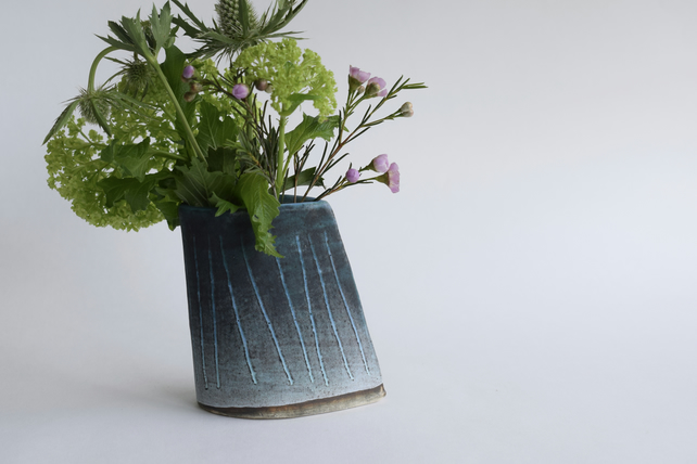 Flower Vase Tracks Design in Stoneware Ceramic