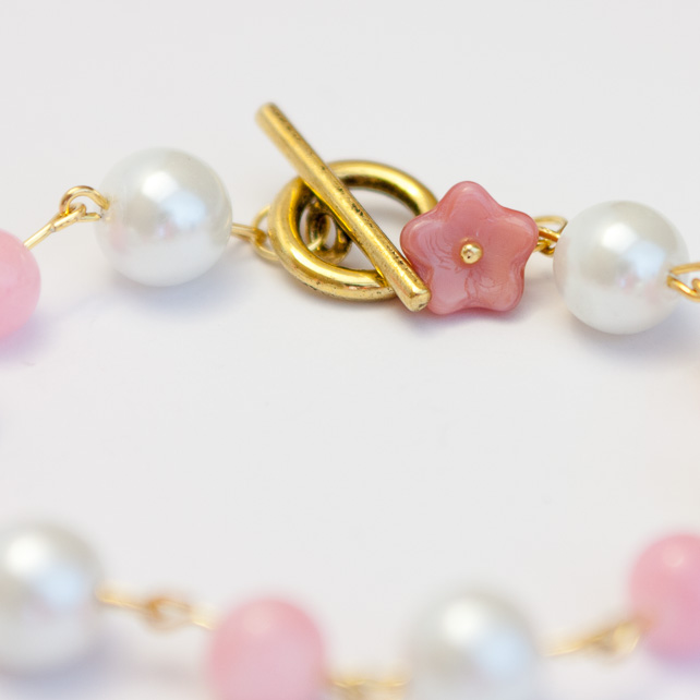 Playful Baby Pink Jade and Glass Pearl Bracelet