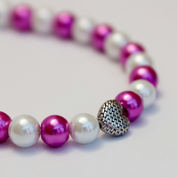 White and Pink Glass Pearl Necklace