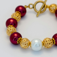 SALE! Chunky Dark Red and White Glass Pearl Bracelet