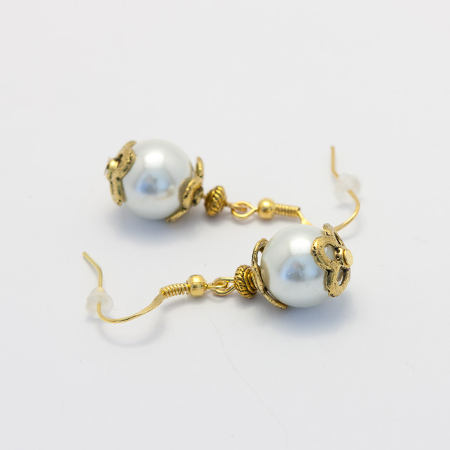 Golden Pearl Glass Earings