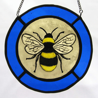 Bumblebee Stained Glass Roundel with Blue Surround