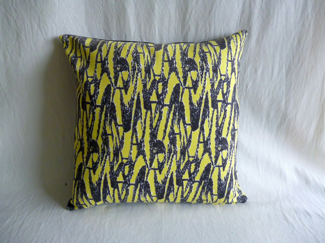 1950s vintage barkcloth cushion cover