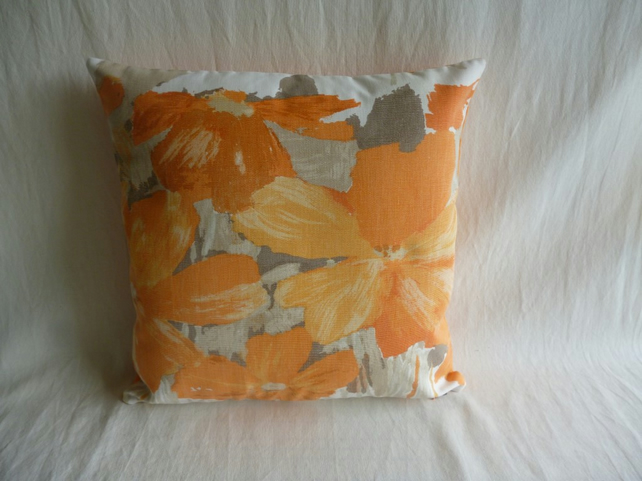 Bold floral 1960s vintage cushion cover