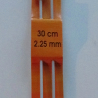 Pony 2.25mm Knitting needles 30cm length