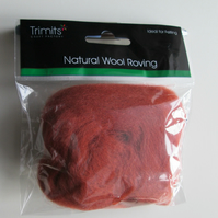 10g Natural Wool Roving in colour Sienna