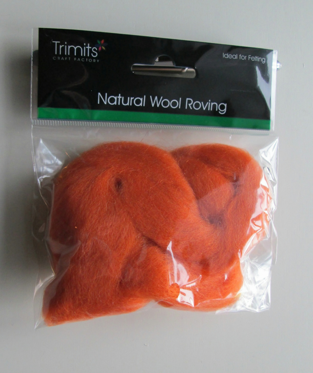 10g Natural Wool Roving in colour Orange