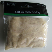 10g Natural Wool Roving in colour Cream