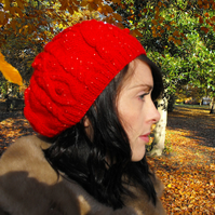 Sparks - A shimmery red cable knit slouch beret