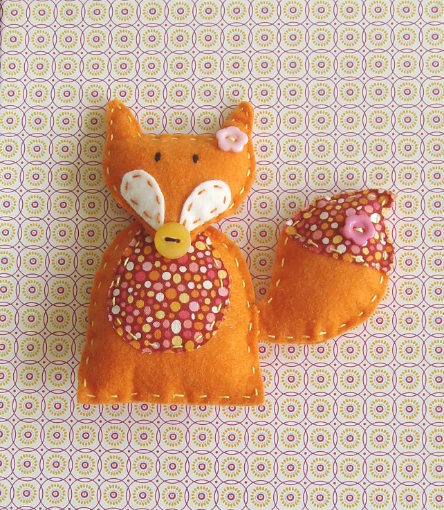 Fox craft sewing kit