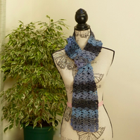 Blue Fan Stitch 100% Wool Scarf & Hand Warmers