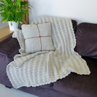 Parchment Lacy Throw and Cushion Cover, 102 x 132 cm