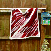 Red Corner to Corner Baby Blanket, 76 x 76 cm
