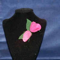 Pink felt rose brooch