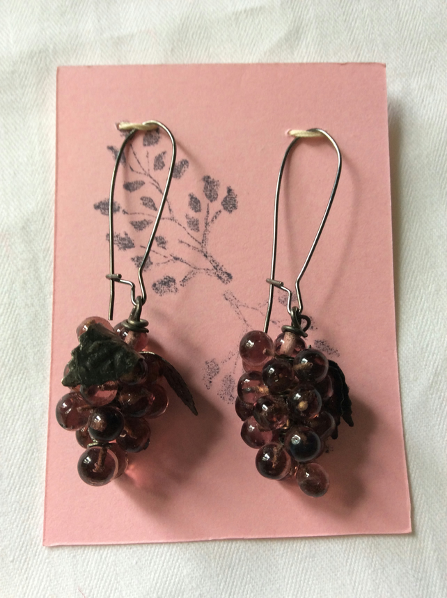 Bunch of grapes earrings