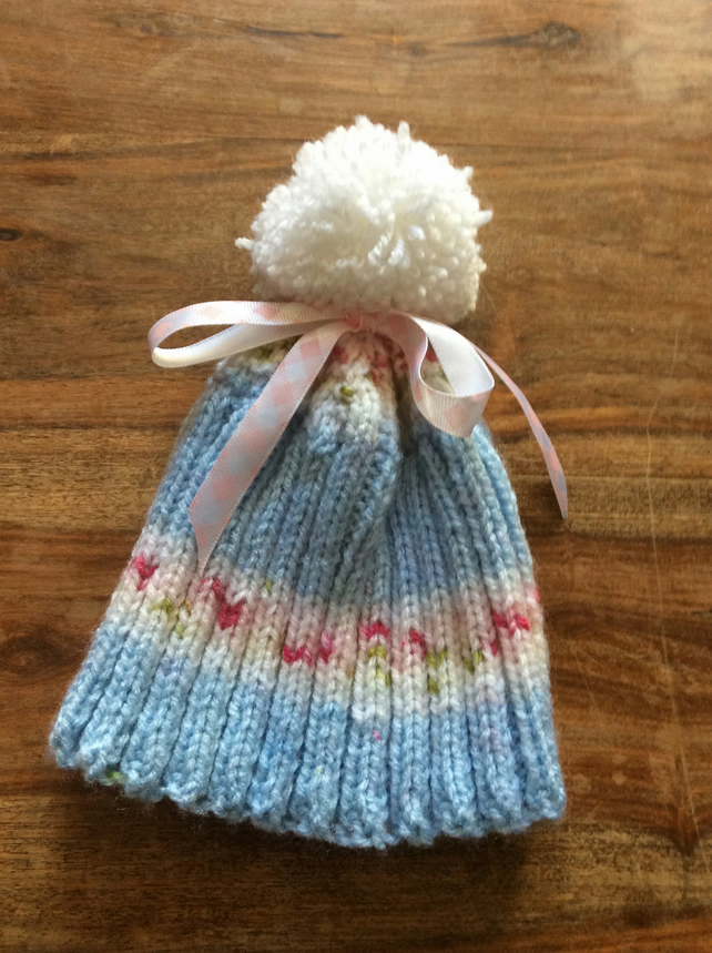 Baby rosebud bobble hat with ribbon (6-12 months)