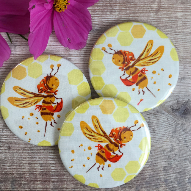 Buzzy Bee Pocket Mirror, Compact Mirror, Stocking Filler, Secret Santa