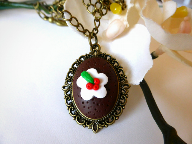 Christmas Necklace - Xmas Pudding on Bronze Chain