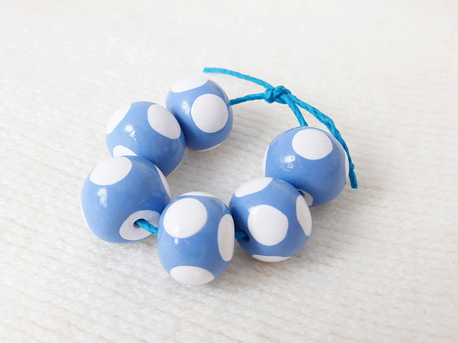 Handmade Polymer Clay Beads, Cornflower Blue, White Spots, Set of 6, Donut Round
