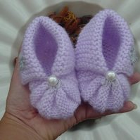 Lovely Lilac, Hand Knitted Baby Girl Shoes.