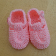 Bright Pink Hand Crocheted Baby Shoes. For 0 to 3 months.