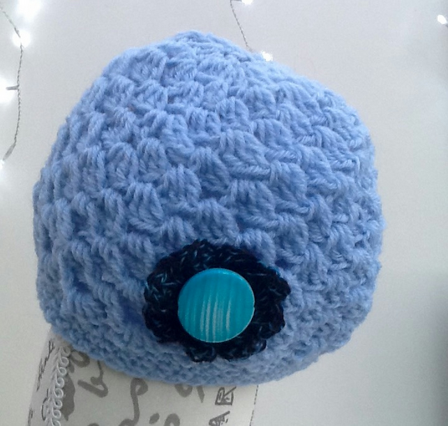 Baby Blue!  Crocheted Floral Baby Beanie for 0 to 3 months.