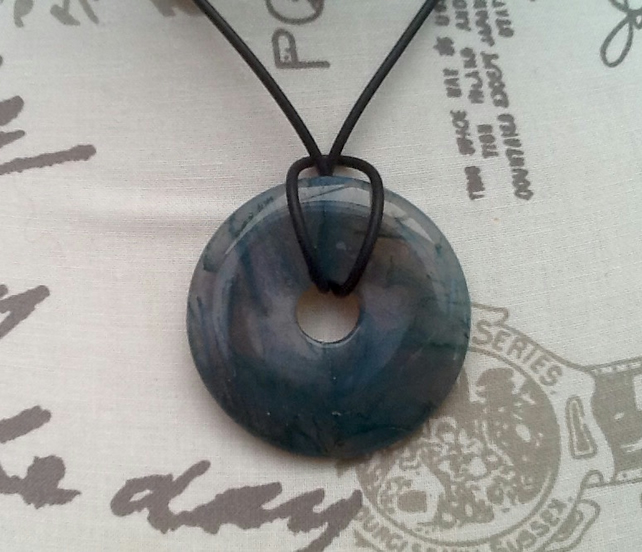 Unisex Moss Agate Disc Penant Necklace on Rubber Cord!